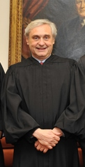 Ninth Circuit Chief Judge Alex Kozinski